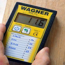 Máy đo độ ẩm gỗ Wagner MMC 220 (5% – 32%)