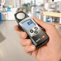 Máy đo ánh sáng Testo 540