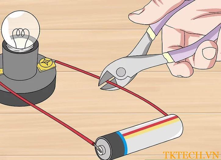 Cách sử dụng đồng hồ vạn năng đo dòng điện 3