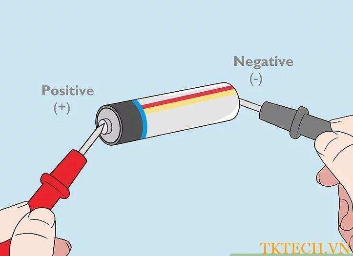 Cách sử dụng đồng hồ vạn năng đo điện áp 2