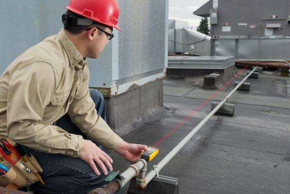 Đánh giá máy đo khoảng cách laser Fluke 424D