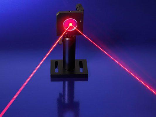 Tìm hiểu cấu tạo laser, nguyên lý hoạt động và tính ứng dụng của tia laser
