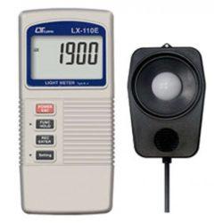 Máy đo nhiệt độ,cường độ ánh sáng Lutron LX-110E