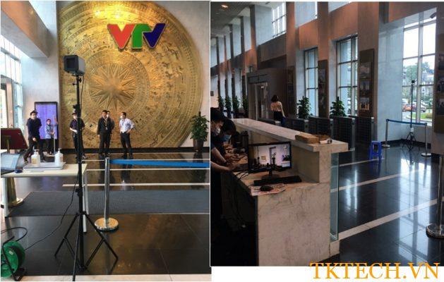 đo thân nhiệt tại lối vào đài VTV