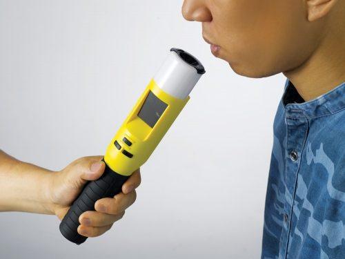 cách đo Máy đo nồng độ cồn Sentech iblow 10